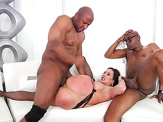 Two black gentlemen satisfy sexual appetite of full-bosomed bitch Kendra Lust in stockings