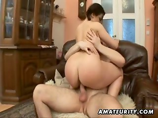 Amateur brunette girlfriend gets fucked on armchair