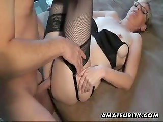 Amateur blonde with glasses gives oral job then fucks