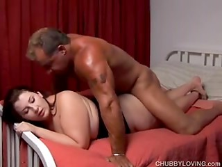 Plump brunette slut with saggy tits gets screwed by tanned man