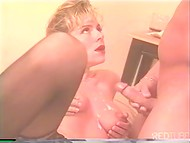 Kinky lady demonstrates her skills in cock-sucking and reaches unmatched pleasure