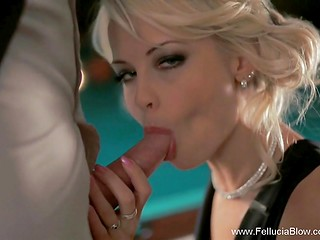 Blonde's tongue is good when it comes to blowjob