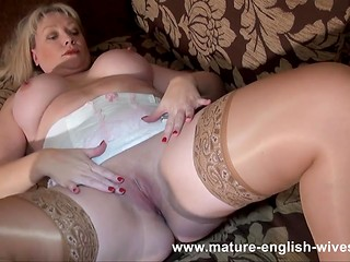 Fatty mature blonde from England does the cleaning, which turns into self-caressing