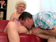Horny masseur presents first-class cunnilingus his good-looking grannies