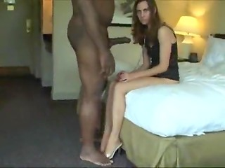 Pretty babe on a leash satisfies all desires of her chocolate-skinned king in the amateur video