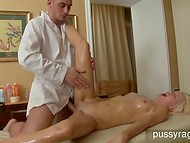 Cute amateur blonde can't believe that her masseur has the pornstar's sexual skills