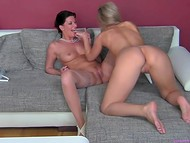 Female agent asked two girlfriend to play with one giant dildo in the casting for new lesbian film