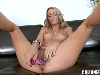 Adorable blonde yoke performs solo sex spectacle with a pink dildo and her snatch