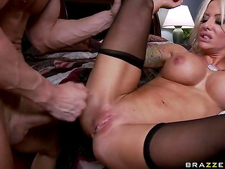 Busty blonde pornstar with unrepeatable skills shows her talents in the passionate sex scene