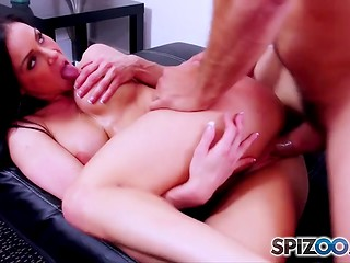 Seasoned brunette chose a right partner and organized crazy porn action