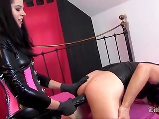 The tameness of the blindfolded man brings him an unusual sensations of the BDSM sex