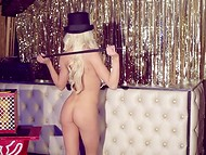 Blonde Playboy cybermodel Chloe Crawford organized a really magic show  9